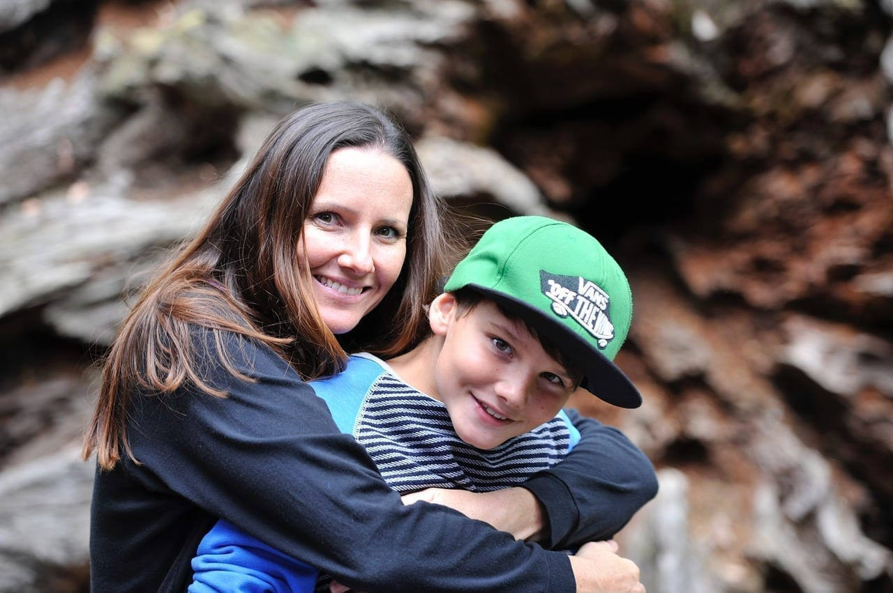Oregon DHS Worker Kelly O Donnell Reunites Mother and Son